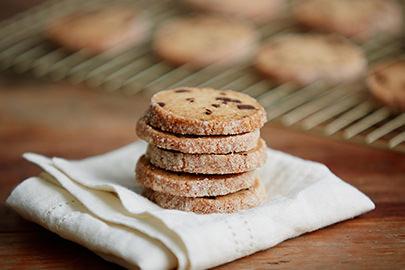 American Heritage Chocolate, chocolate chip shortbread cookies